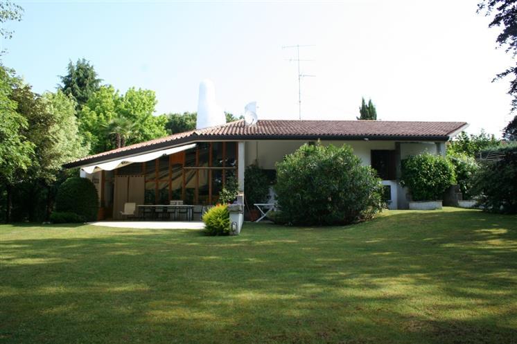 Affitto Villa Pescantina