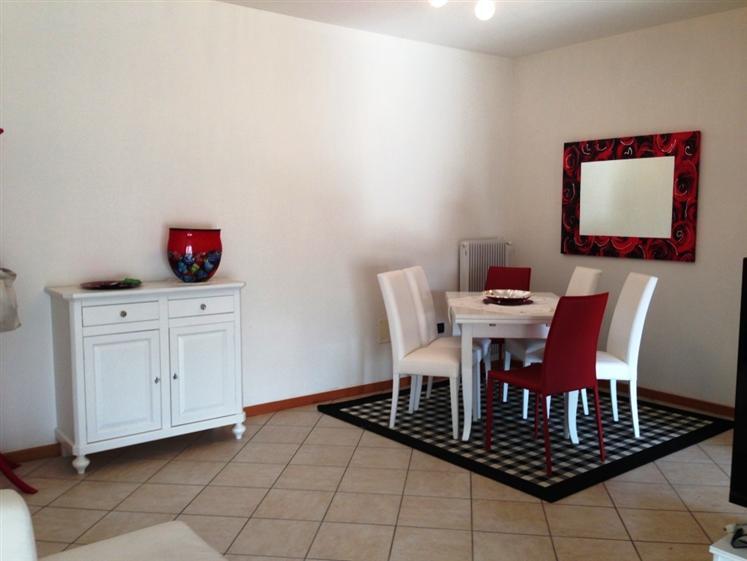 Appartamento in vendita a Istrana, 4 locali, prezzo € 120.000 | Cambio Casa.it