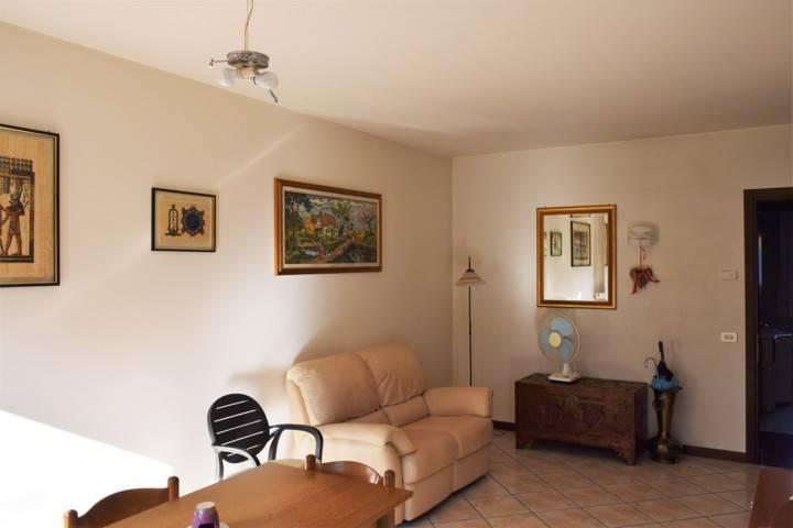 Appartamento in vendita a Ponzano Veneto, 3 locali, zona Zona: Paderno (capoluogo), prezzo € 130.000 | Cambio Casa.it