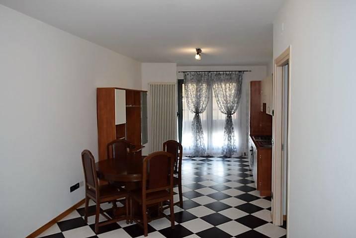 Appartamento in affitto a Istrana, 3 locali, prezzo € 460 | Cambio Casa.it