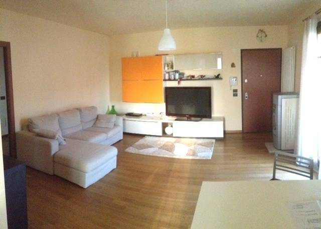 Appartamento in vendita a Volpago del Montello, 5 locali, prezzo € 119.000 | Cambio Casa.it