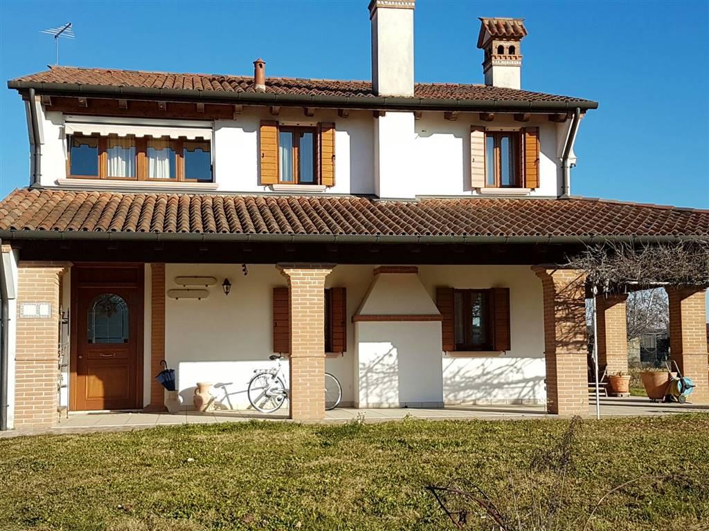 Soluzione Semindipendente in vendita a Istrana, 5 locali, zona Zona: Pezzan, prezzo € 260.000 | Cambio Casa.it