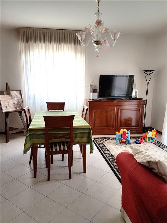 Appartamento in vendita a Paese, 4 locali, prezzo € 115.000 | CambioCasa.it