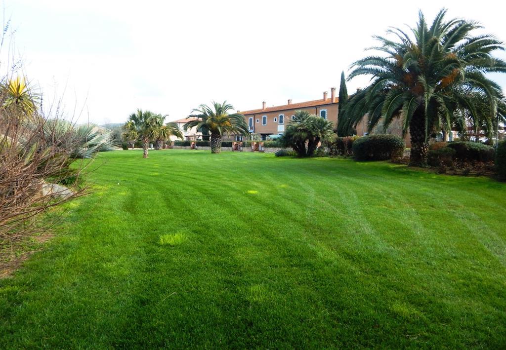 Soluzione Indipendente in vendita a San Vincenzo, 4 locali, prezzo € 370.000 | Cambio Casa.it