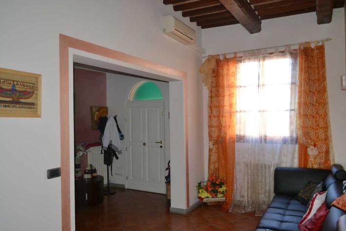 Soluzione Indipendente in vendita a Cerreto Guidi, 4 locali, prezzo € 120.000 | Cambio Casa.it