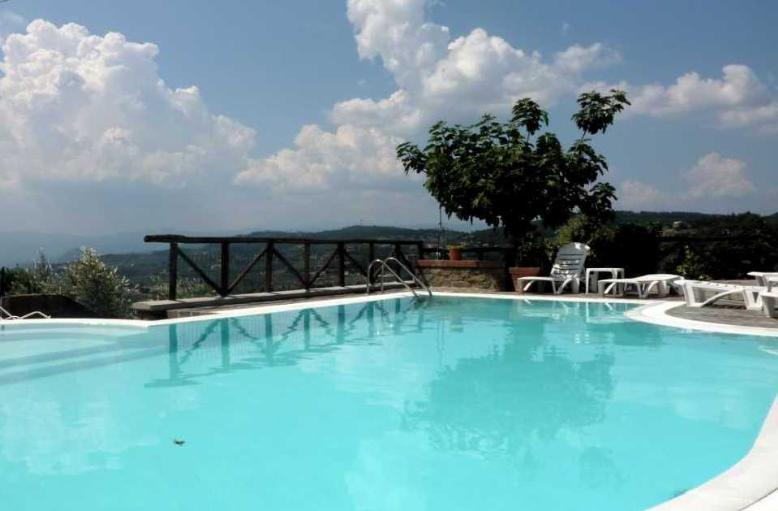 Villa in vendita a Lamporecchio, 10 locali, prezzo € 630.000 | Cambio Casa.it