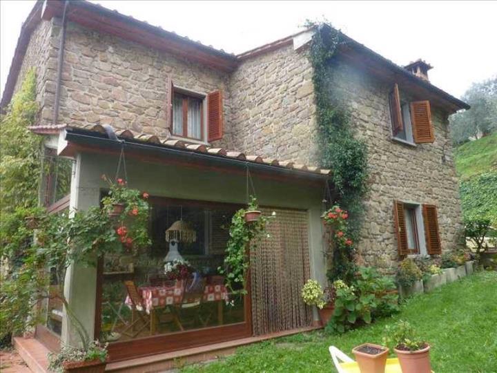 Rustico / Casale in vendita a Quarrata, 8 locali, prezzo € 495.000 | Cambio Casa.it