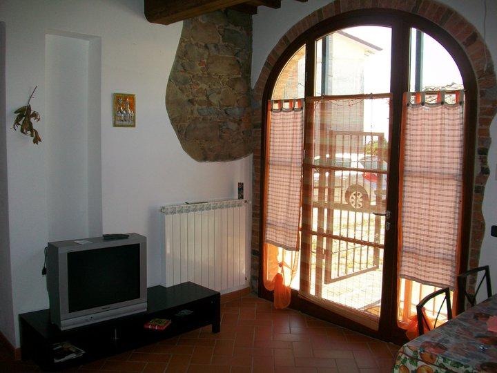 Rustico / Casale in vendita a Lamporecchio, 3 locali, prezzo € 120.000 | CambioCasa.it