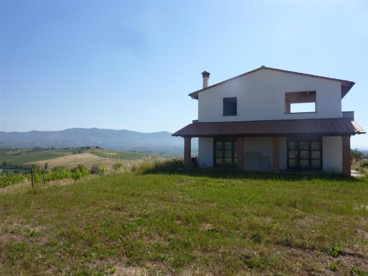 Rustico / Casale in vendita a Cerreto Guidi, 8 locali, prezzo € 950.000 | Cambio Casa.it