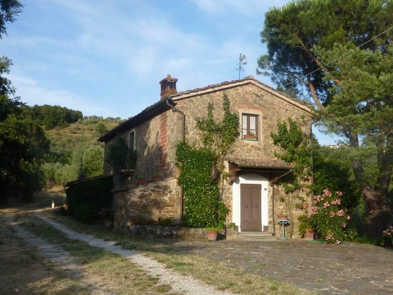 Rustico / Casale in vendita a Lamporecchio, 6 locali, prezzo € 290.000 | Cambio Casa.it