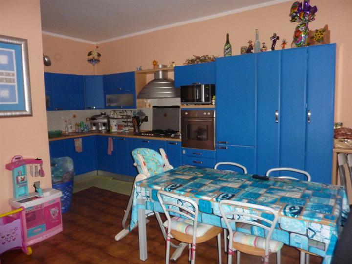 Soluzione Indipendente in vendita a Cerreto Guidi, 5 locali, prezzo € 195.000 | Cambio Casa.it