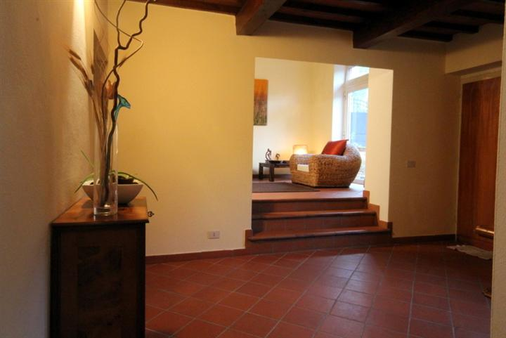 Rustico / Casale in vendita a Lamporecchio, 12 locali, prezzo € 419.000 | CambioCasa.it