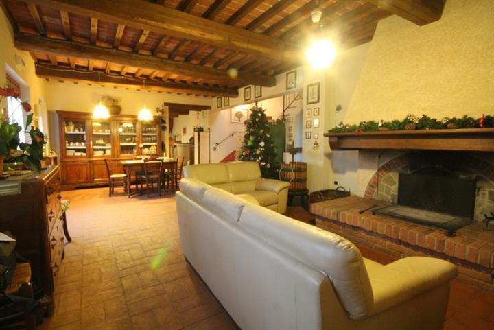 Rustico / Casale in vendita a Buggiano, 7 locali, zona Zona: Buggiano Castello, prezzo € 880.000 | Cambio Casa.it