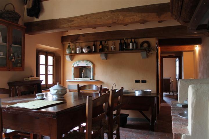 Rustico / Casale in vendita a Lamporecchio, 3 locali, prezzo € 185.000 | Cambio Casa.it