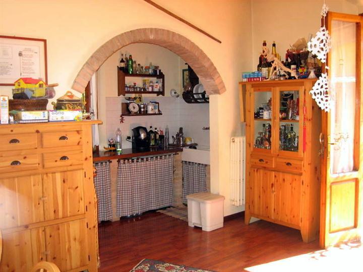 Villa in vendita a Fucecchio, 4 locali, prezzo € 330.000 | Cambio Casa.it