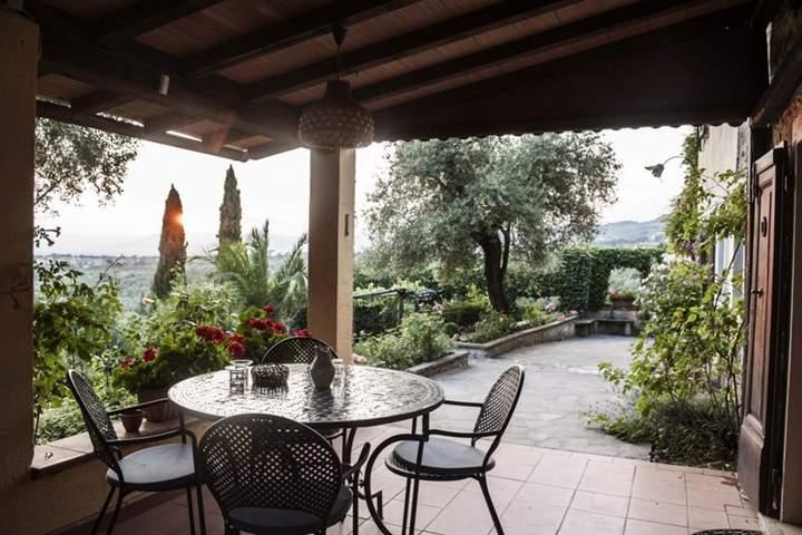 Rustico / Casale in vendita a Lamporecchio, 10 locali, prezzo € 390.000 | Cambio Casa.it
