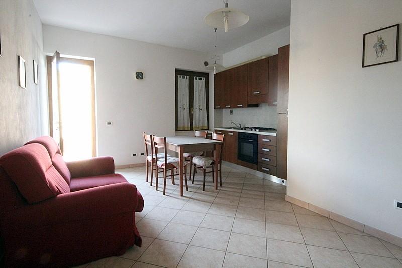 Appartamento in vendita a Lamporecchio, 3 locali, prezzo € 105.000 | Cambio Casa.it
