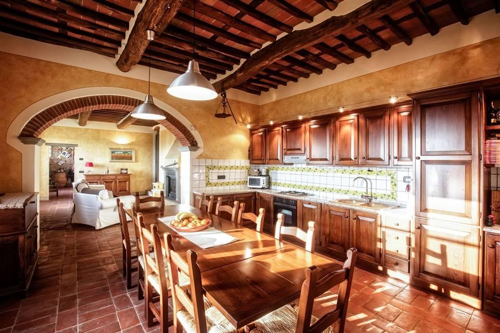 Rustico / Casale in vendita a Buggiano, 12 locali, prezzo € 750.000 | Cambio Casa.it