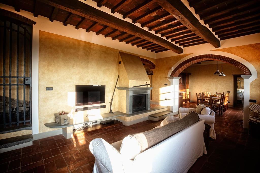 Rustico / Casale in vendita a Buggiano, 12 locali, prezzo € 750.000   Cambio Casa.it
