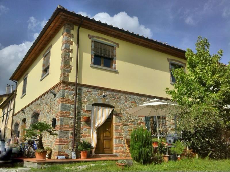 Rustico / Casale in vendita a Larciano, 4 locali, prezzo € 195.000 | CambioCasa.it