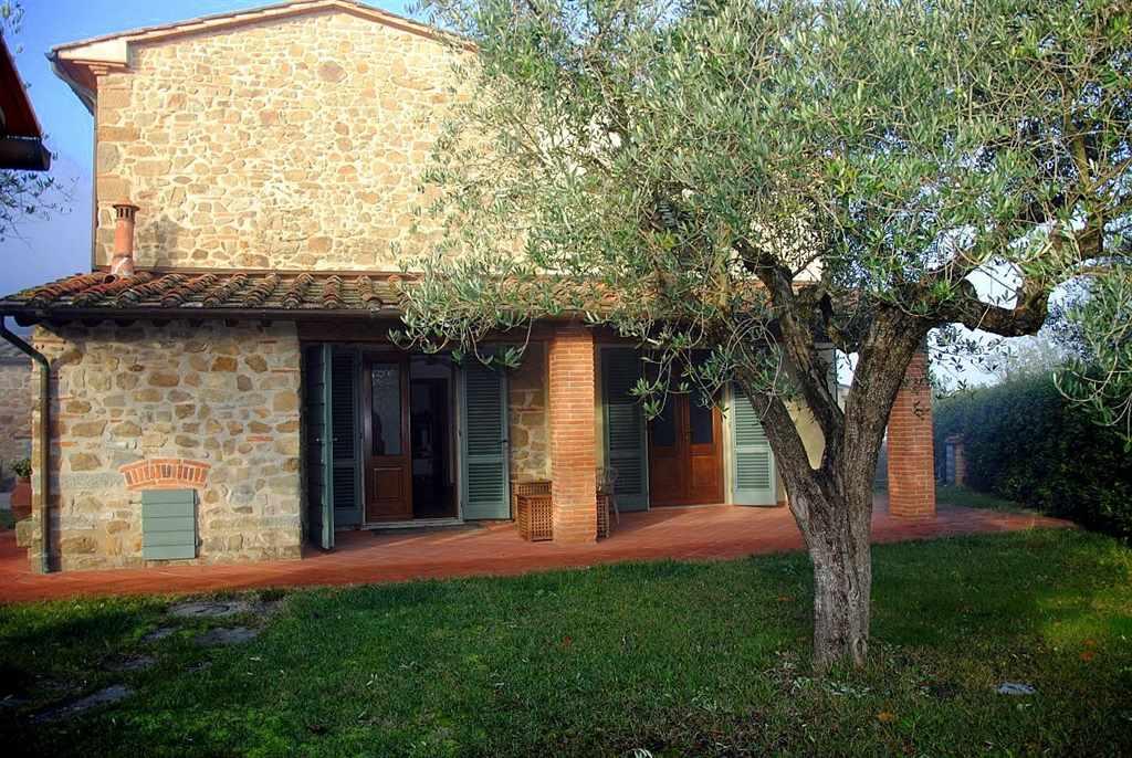 Rustico / Casale in vendita a Quarrata, 7 locali, prezzo € 850.000 | Cambio Casa.it