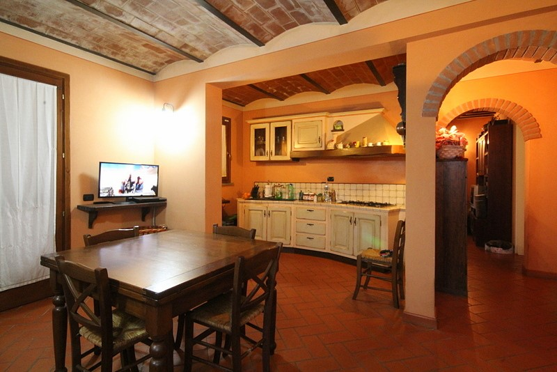Rustico / Casale in vendita a Cerreto Guidi, 6 locali, prezzo € 360.000 | Cambio Casa.it