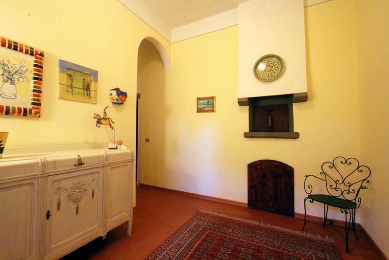Rustico / Casale in vendita a Lamporecchio, 4 locali, prezzo € 150.000 | Cambio Casa.it