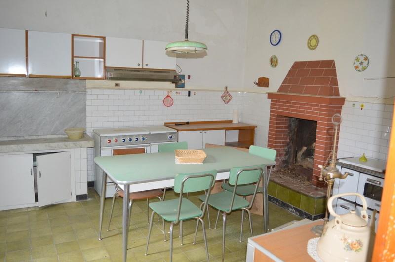 Soluzione Indipendente in vendita a Lamporecchio, 7 locali, prezzo € 190.000 | Cambio Casa.it