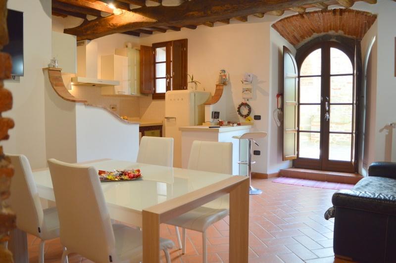 Rustico / Casale in vendita a Lamporecchio, 3 locali, prezzo € 175.000 | Cambio Casa.it