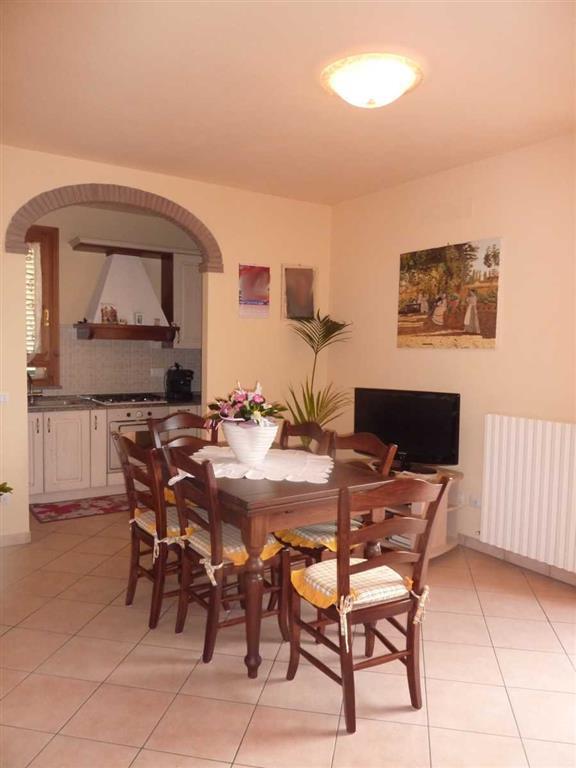 Appartamento in vendita a Lamporecchio, 3 locali, prezzo € 150.000 | Cambio Casa.it