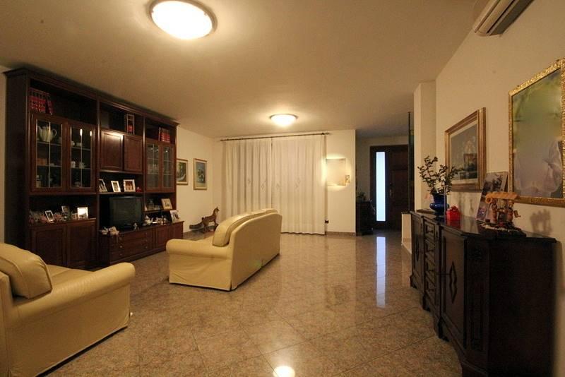 Villa a Schiera in Vendita a Larciano