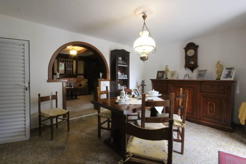Soluzione Indipendente in vendita a Lamporecchio, 7 locali, prezzo € 140.000 | Cambio Casa.it