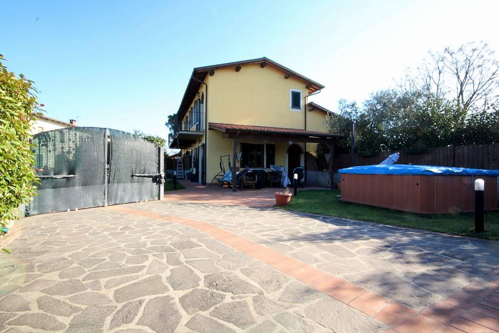 Soluzione Indipendente in vendita a Lamporecchio, 3 locali, prezzo € 190.000 | Cambio Casa.it