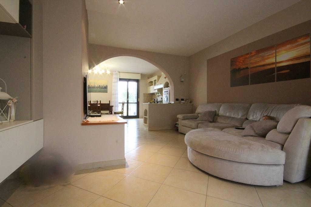 Soluzione Indipendente in vendita a Cerreto Guidi, 4 locali, prezzo € 200.000   Cambio Casa.it