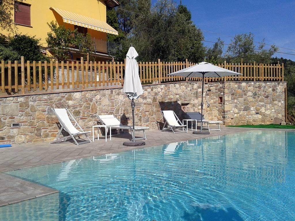 Villa in vendita a Pescaglia, 6 locali, prezzo € 315.000 | Cambio Casa.it