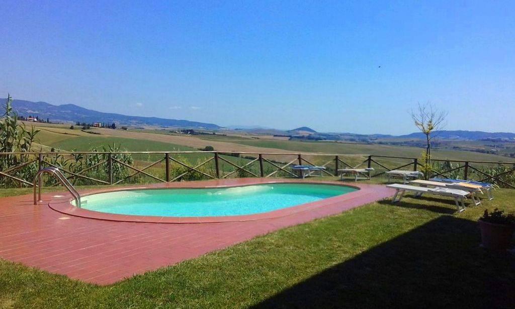 Rustico / Casale in vendita a Orciano Pisano, 11 locali, prezzo € 550.000 | CambioCasa.it