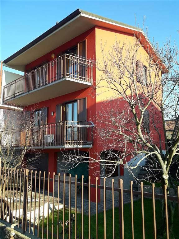 Villa in vendita a Grezzago, 4 locali, prezzo € 249.000 | Cambio Casa.it