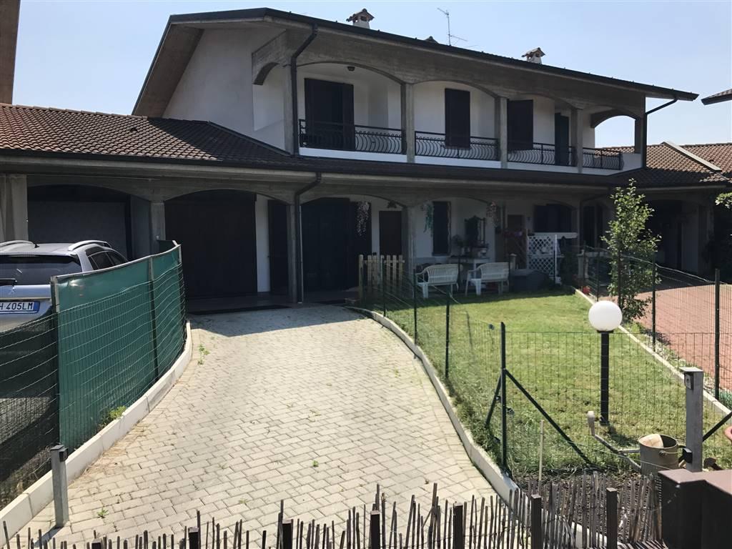 Villa a Schiera in Vendita a Trezzano Rosa