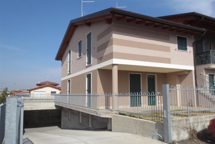 Villa a Schiera in vendita a Oppeano, 5 locali, zona Zona: Vallese, prezzo € 239.000 | Cambio Casa.it