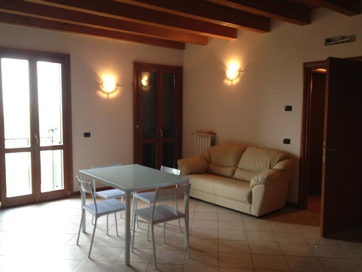 Appartamento in vendita a Oppeano, 3 locali, prezzo € 128.000   Cambio Casa.it