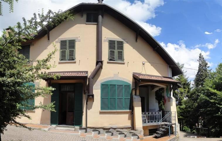 Villa in vendita a Arquata Scrivia, 10 locali, Trattative riservate | Cambio Casa.it