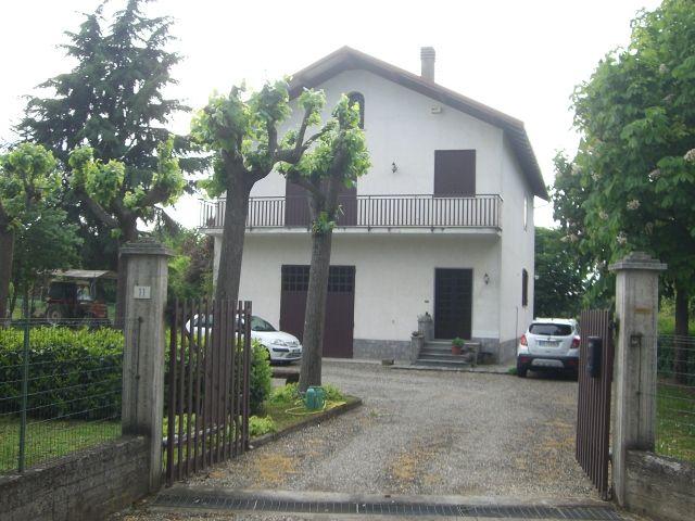 Villa in vendita a Basaluzzo, 6 locali, zona Zona: Sant'Antonio, prezzo € 275.000 | Cambio Casa.it