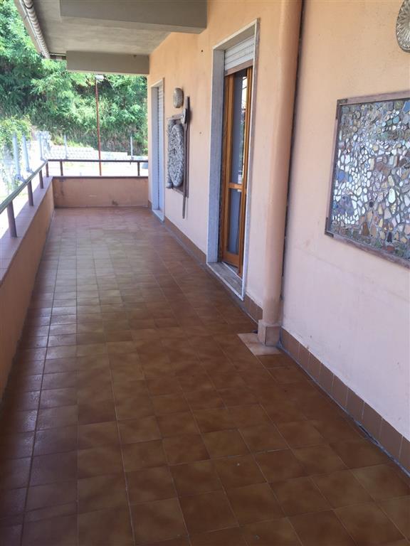 Appartamento in affitto a San Lucido, 4 locali, prezzo € 500 | Cambio Casa.it