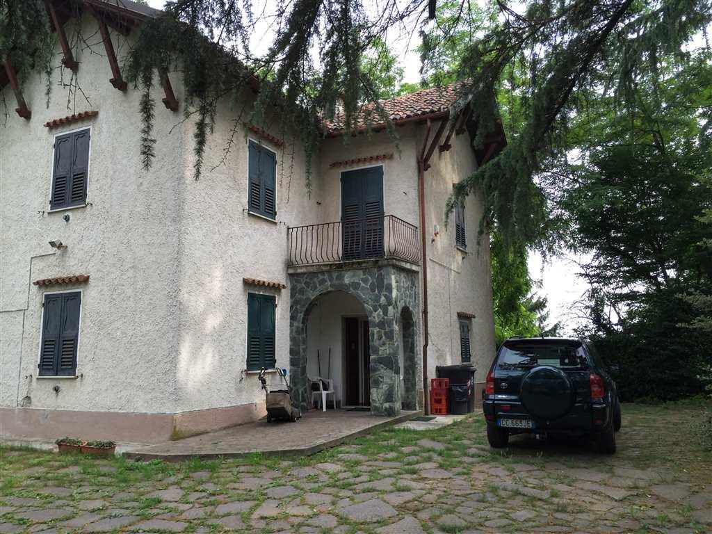Villa in vendita a Novi Ligure, 6 locali, prezzo € 550.000 | Cambio Casa.it