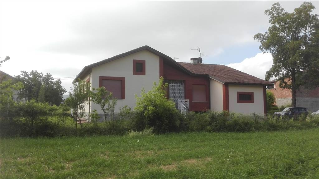 Villa in vendita a Borghetto di Borbera, 6 locali, prezzo € 220.000 | Cambio Casa.it