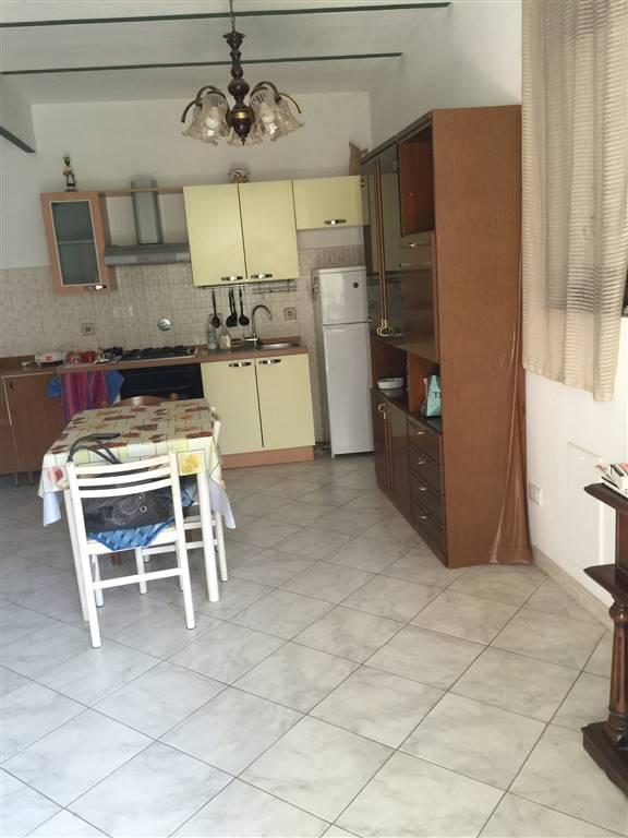 Soluzione Indipendente in vendita a Novi Ligure, 2 locali, zona Località: CENTRO STORICO, prezzo € 57.000 | Cambio Casa.it