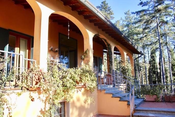 Villa in vendita a Fiesole, 12 locali, prezzo € 1.050.000   Cambio Casa.it