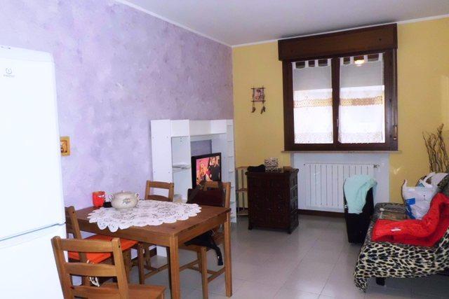 Appartamento in vendita a Porto Mantovano, 2 locali, zona Zona: Bancole, prezzo € 70.000 | Cambio Casa.it