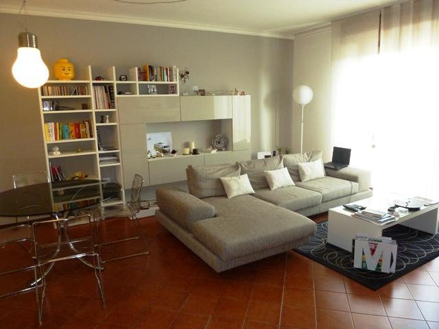 Appartamento in vendita a Marmirolo, 4 locali, prezzo € 115.000 | Cambio Casa.it