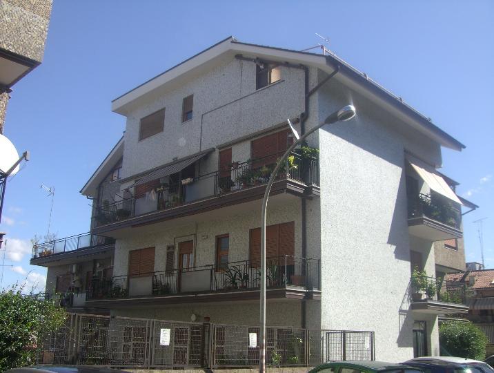 Appartamento in vendita a San Cesareo, 4 locali, prezzo € 189.000 | CambioCasa.it